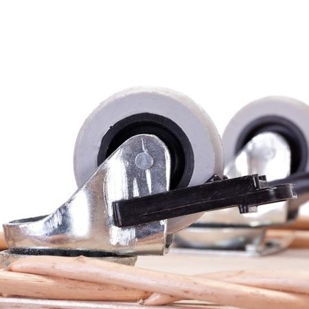 baguettekorb mit rollen k rbe f r gesch ft und b ckerei online shop mit weidenprodukte und. Black Bedroom Furniture Sets. Home Design Ideas