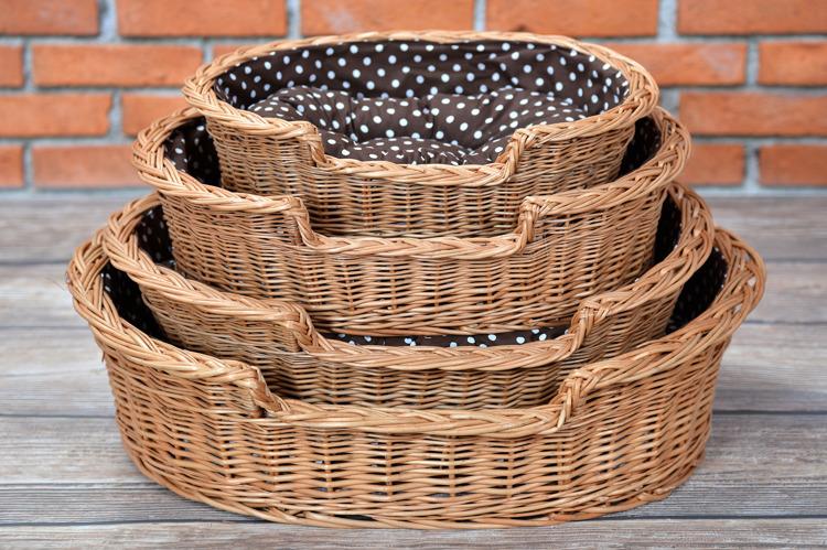 hundekorb aus weide oval mit einem kissen 60x43 h 11 19 cm kontakt k rbe f r tiere online. Black Bedroom Furniture Sets. Home Design Ideas