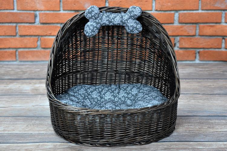 tierh tte aus weide dunkelbrauner hundekorb mit kissen kontakt k rbe f r tiere online shop. Black Bedroom Furniture Sets. Home Design Ideas